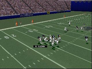 Madden NFL 99 (USA)