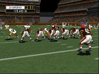 Madden NFL 2000 (USA)